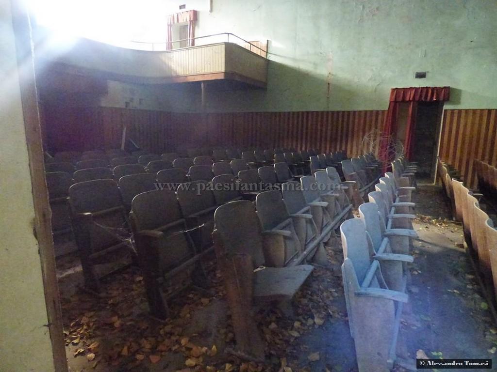 Cinema abbandonato prima dei multisala luoghi fantasma for Luoghi abbandonati nord italia