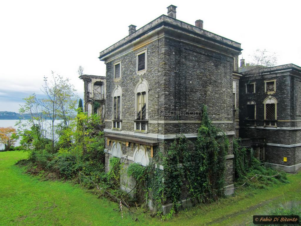 villa poss la regina del lago maggiore luoghi fantasma. Black Bedroom Furniture Sets. Home Design Ideas