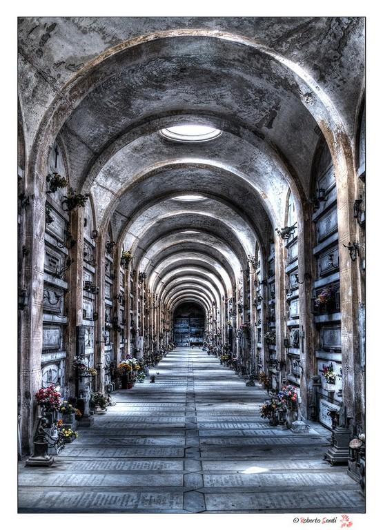 Cimitero Di Staglieno Gli Angeli Abbandonati Luoghi