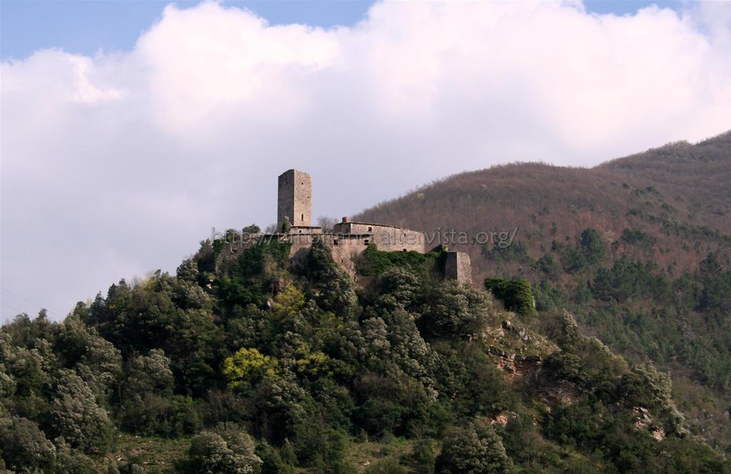 Umbriano il medioevo a portata di mano paesi fantasma for Luoghi abbandonati nord italia